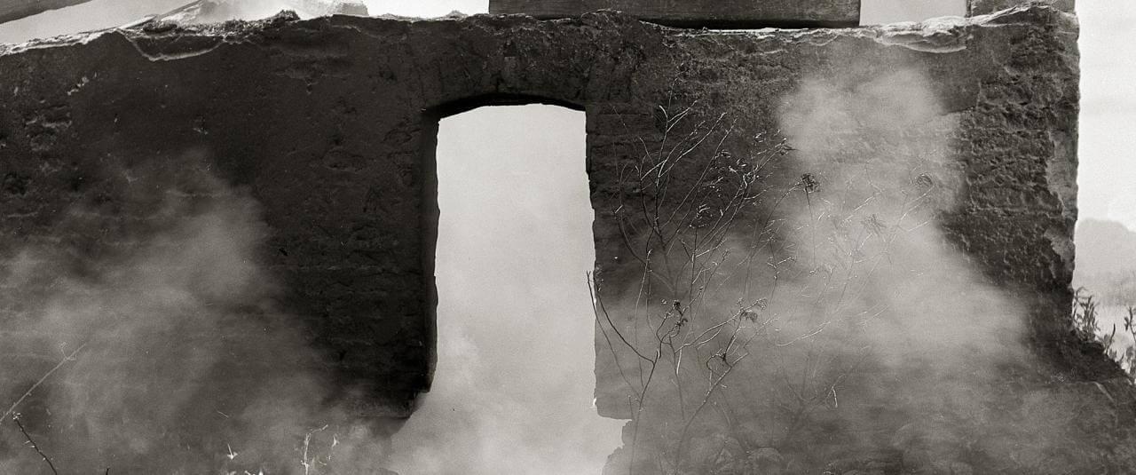 Casa en ruinas en Actipan | El fotógrafo Juan Rulfo | Museo Amparo, Puebla
