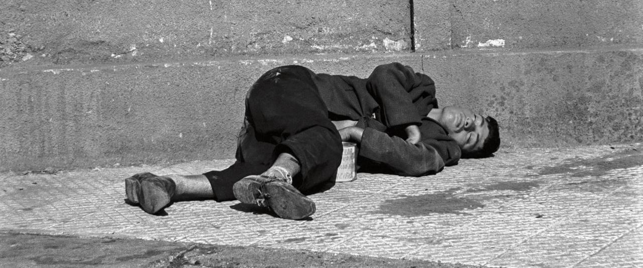 Dormidos V, de la serie Los dormidos | Paz Errázuriz | Museo Amparo, Puebla