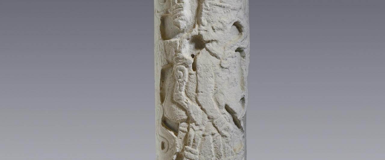 Columna | Divinos Señores de la Montaña. La Sierra Norte de Puebla en tiempos de El Tajín | Museo Amparo, Puebla