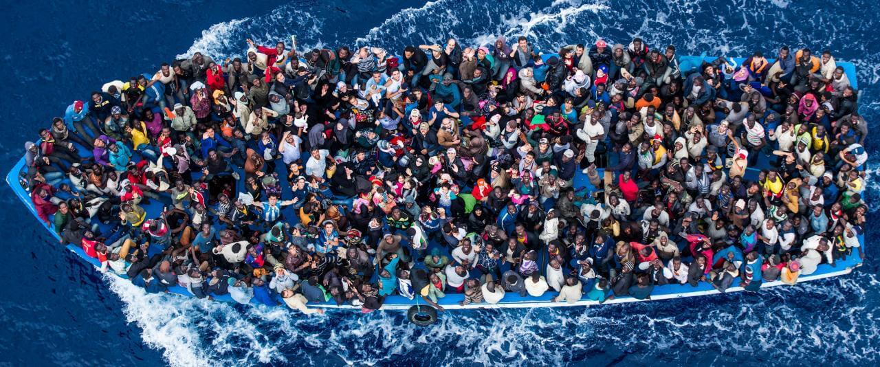 Rescate del buque Bergamini de la Marina Militar Italiana | Forasteros. De migrantes, refugiados y exiliados | Museo Amparo, Puebla