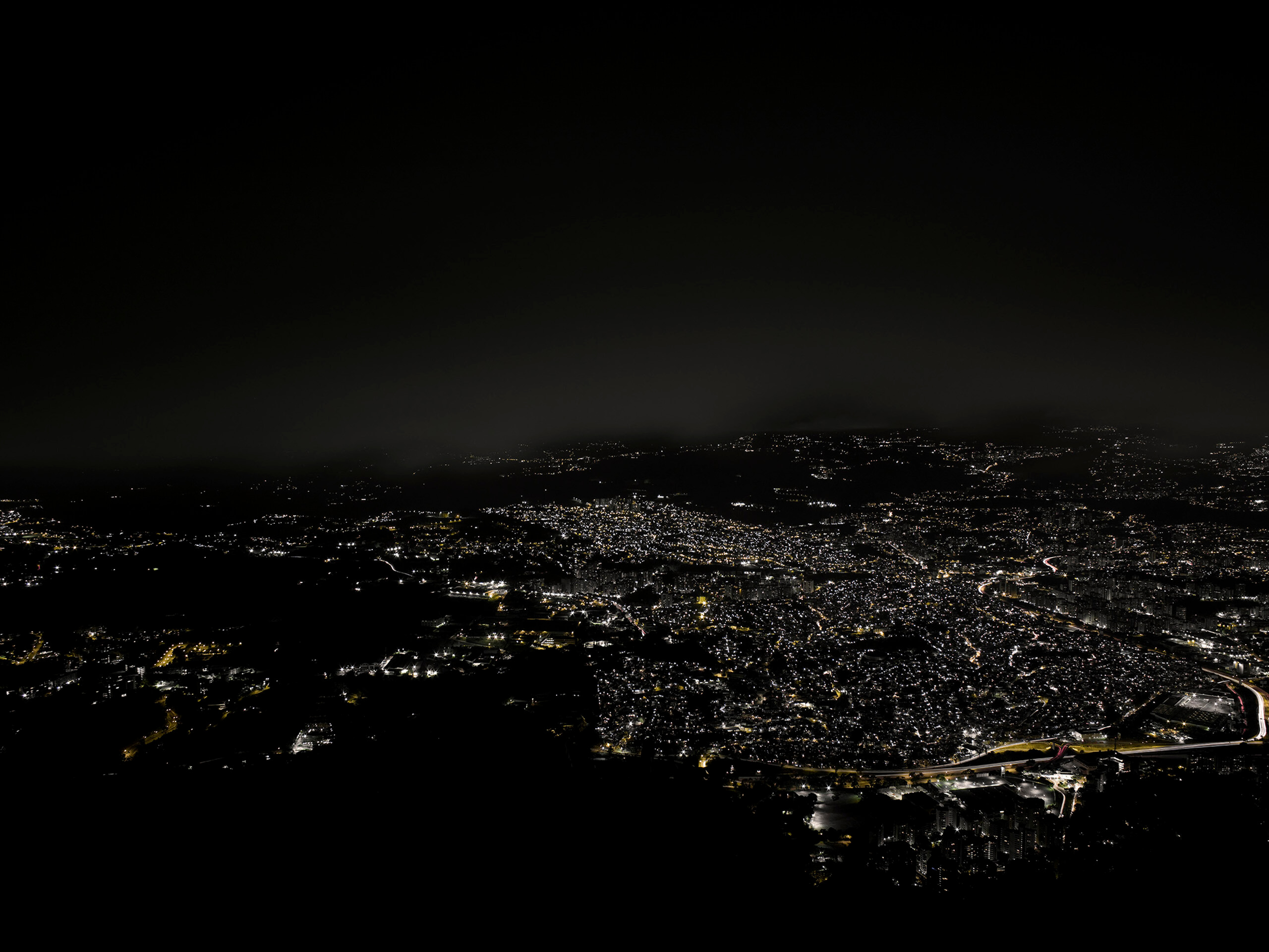 La ciudad más peligrosa del mundo | Portadores de sentido. Arte contemporáneo en la Colección Patricia Phelps de Cisneros. | Museo Amparo, Puebla