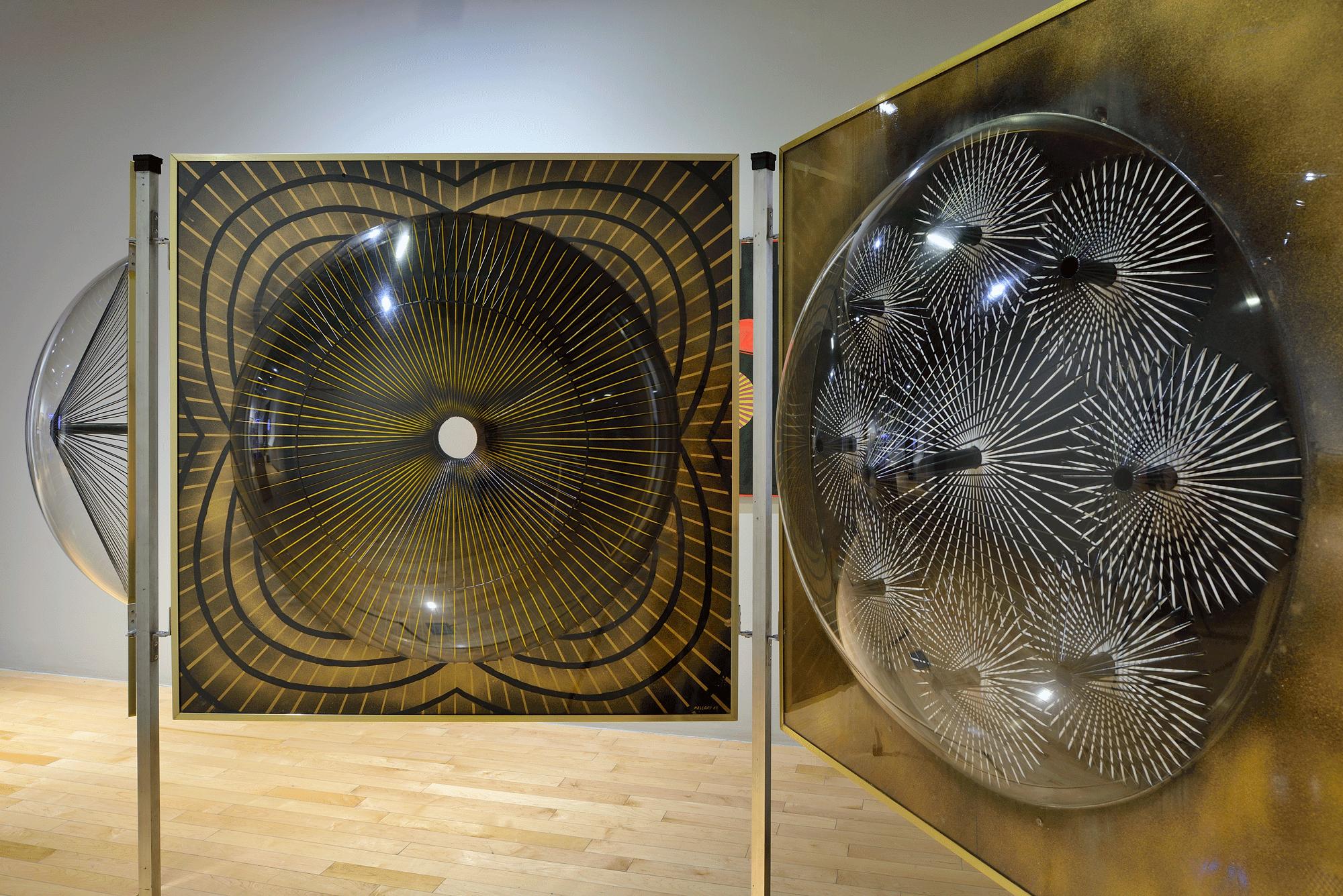 Heliogonía (tríptico) | Un arte sin tutela: Salón Independiente en México, 1968-1971  | Museo Amparo, Puebla